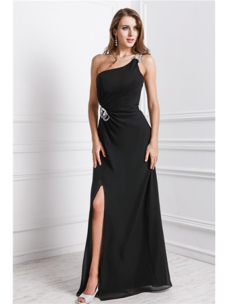 Sleeveless One-Shoulder Long Black Dresses