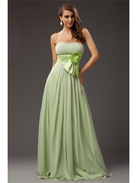 Sleeveless Strapless Long Green Bridesmaid Dresses