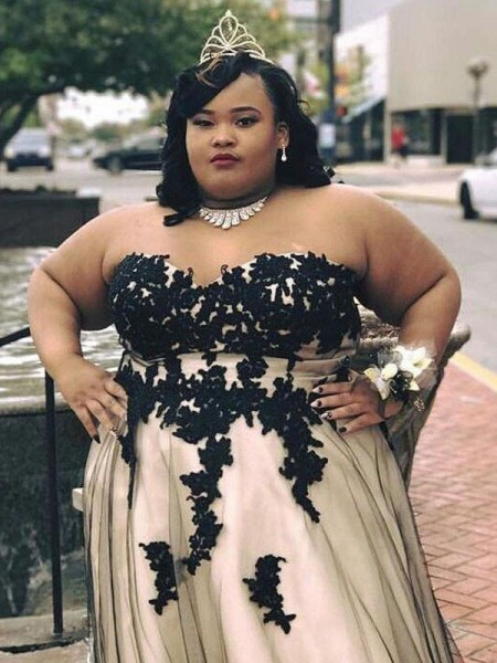 Sleeveless Sweetheart Long Plus Size Champagne Dresses