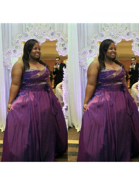 Sleeveless Sweetheart Long Plus Size Grape Dresses