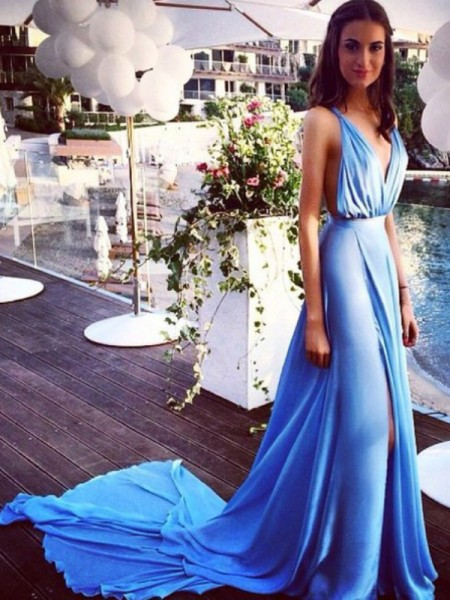 A-Line/Princess Sleeveless Spaghetti Straps Court Train Blue Chiffon Prom Dresses