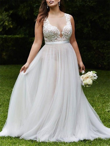 A-Line/Princess Tulle Lace Scoop Sleeveless Court Train Ivory Wedding Dresses