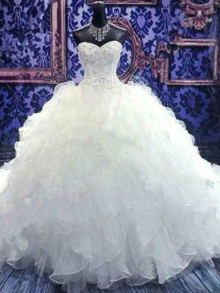Ball Gown Organza Beading Sweetheart Sleeveless Chapel Train White Wedding Dresses