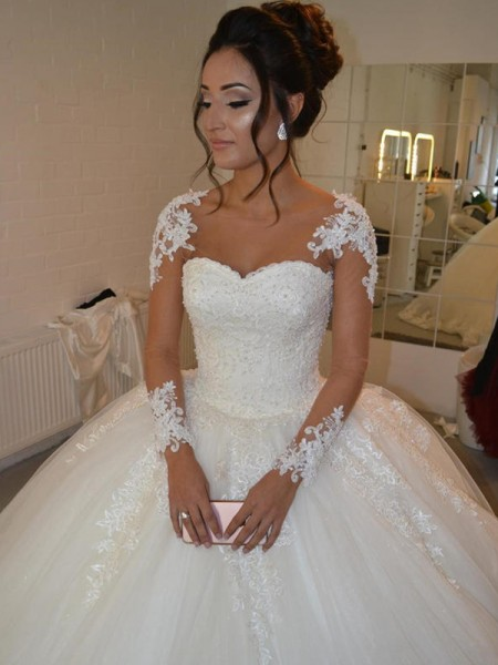 Ball Gown Tulle Applique Scoop Long Sleeves Court Train Ivory Wedding Dresses