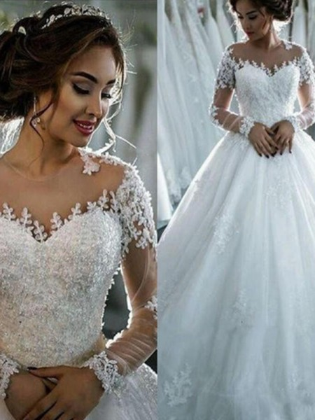 Ball Gown Tulle Beading Bateau 3/4 Sleeves Court Train Ivory Wedding Dresses
