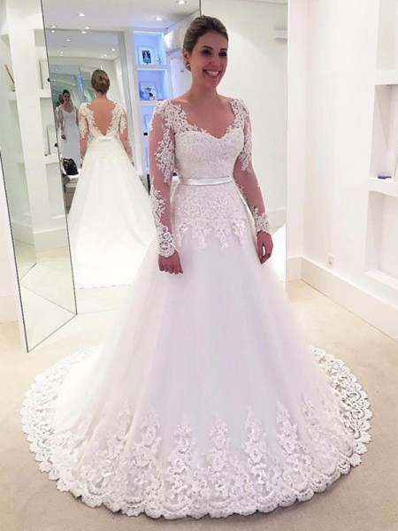 A-Line/Princess Tulle Applique V-neck Long Sleeves Sweep/Brush Train White Wedding Dresses