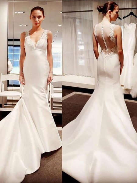 Trumpet/Mermaid Satin Applique V-neck Sleeveless Court Train Ivory Wedding Dresses