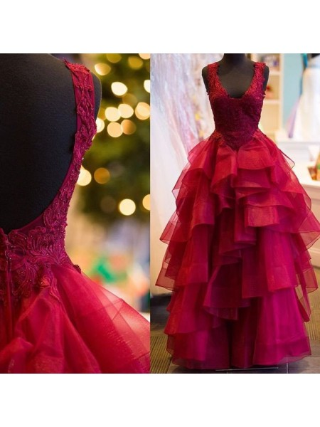 Ball Gown Sleeveless V-Neck Long Red Tulle Prom Dresses