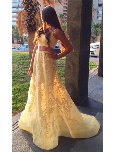 A-Line/Princess Sleeveless Square Sweep Train Daffodil Satin Prom Dresses