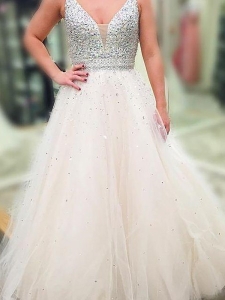 A-Line/Princess Sleeveless V-neck Long White Tulle Prom Dresses