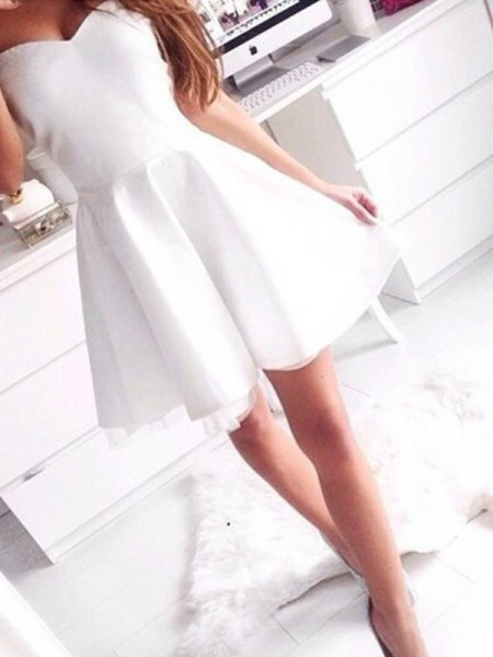 A-line/Princess Sleeveless Sweetheart Short White Satin Homecoming Dresses