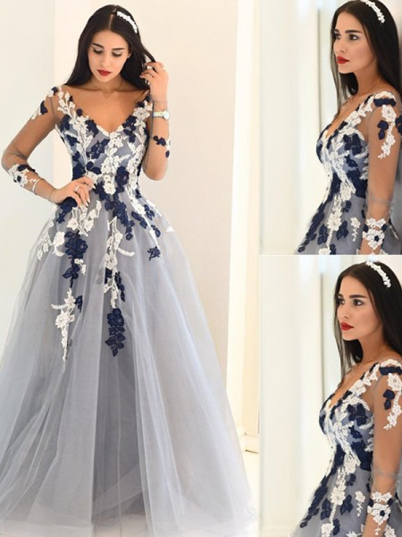 A-Line/Princess Long Sleeves V-Neck Floor-Length Silver Tulle Prom Dresses
