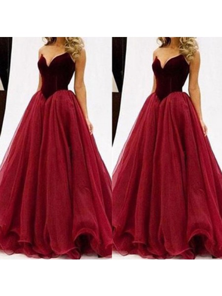 Ball Gown Sleeveless Sweetheart Long Red Tulle Prom Dresses