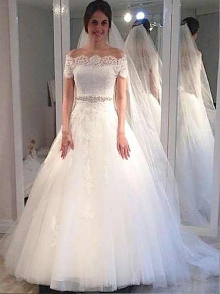 Ball Gown Short Sleeves Off-the-Shoulder Sweep Train Ivory Tulle Wedding Dresses